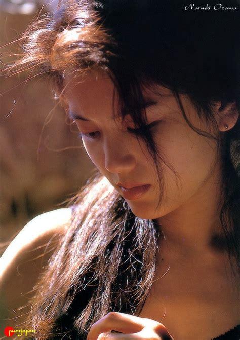 Asian Sirens · Topic Natsuki Ozawa 小沢なつき