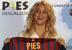 Gallery For > Shakira Album Cover Waka Waka