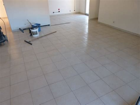 beton sur carrelage cuisine sol b 233 ton cir 233 sur carrelage wikilia fr