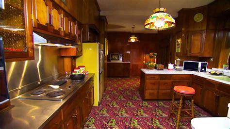 elvis presleys kitchen  graceland