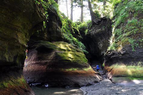canadian cave explorer west coast trail vancouver island