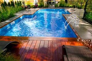 prolongez vos vacances avec une piscine creusee With amenagement paysager avec piscine creusee