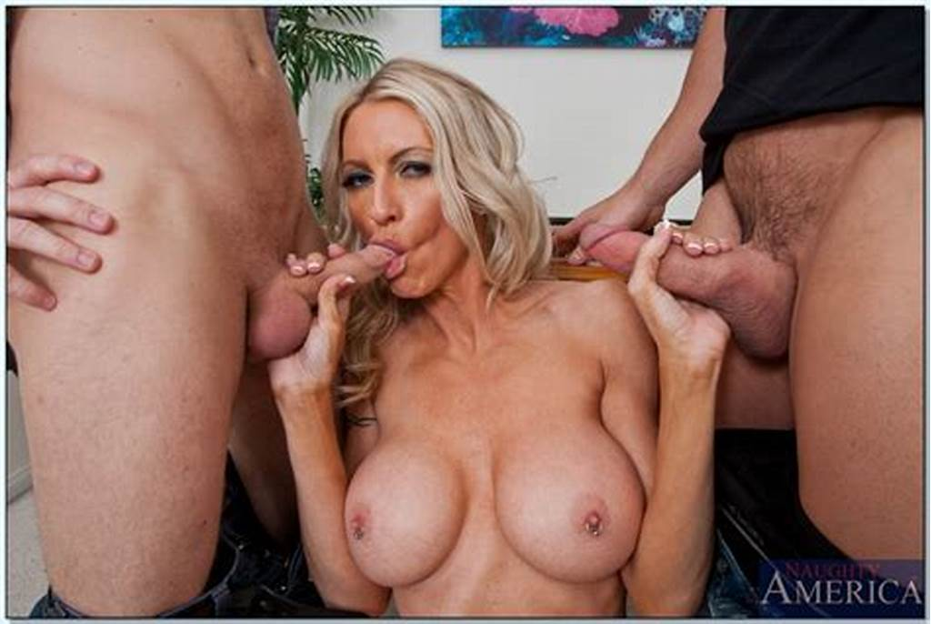 #Noteworthy #Whore #Emma #Starr #Makes #A #Deep #Blowjobs #And #Gets