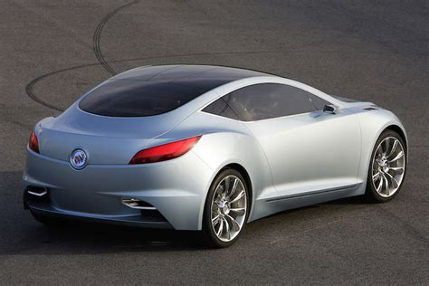 Buick Sports Car by New Buick Sports Car Concept Aims To Attract Younger Buyers