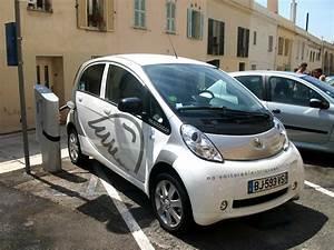 Vo Store Peugeot : fichier voiture lectrique peugeot en rechargement nice jpg wikip dia ~ Melissatoandfro.com Idées de Décoration