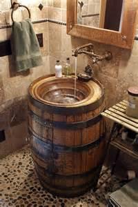 les 25 meilleures id 233 es de la cat 233 gorie tonneaux sur pinterest tonneau tonneaux de whisky et