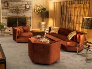 ethan allen home interiors get inspired by the 1970s decor in american hustle
