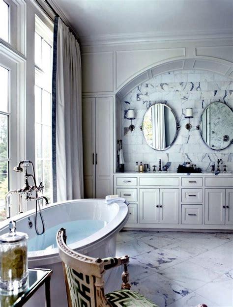neoclassical interior style  elegance