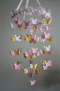 Kronleuchter Für Kinderzimmer : gelbe und rosa interieur elemente im babyzimmer inspirierende idee ~ Eleganceandgraceweddings.com Haus und Dekorationen