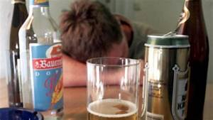 Reinen Alkohol Berechnen : durchschnittswert jeder mensch trinkt im jahr sechs liter reinen alkohol welt ~ Themetempest.com Abrechnung