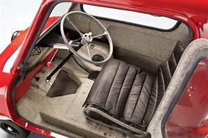 La Plus Petite Voiture Du Monde : la peel p50 plus petite voiture du monde auto satisfaction ~ Gottalentnigeria.com Avis de Voitures