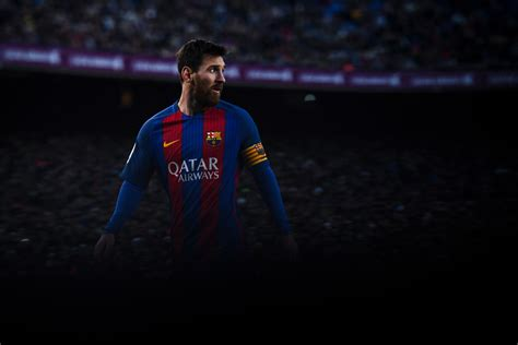 Enjoy the whole league game between FC Barcelona and Las Palmas