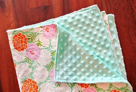 12 Diy Baby Blankets For Your Precious Bundle Of Joy 12 Volt Electric Blankets Nz Silentnight Blanket On All Night Extra Soft Fabric Easy Fast Crochet Baby Pattern Kate Spade Queen Fleece How Can I Make My Own Heated Car Mineral Fiber Insulation Owens Corning