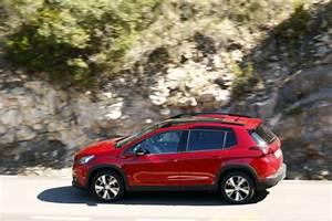 Peugeot 2008 Boite Automatique Essence : essai peugeot 2008 restyl test du 2008 essence puretech 130 gt line l 39 argus ~ Medecine-chirurgie-esthetiques.com Avis de Voitures