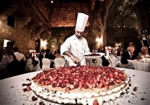 italian wedding cake wedding tips berry acres 39 s wedding venue