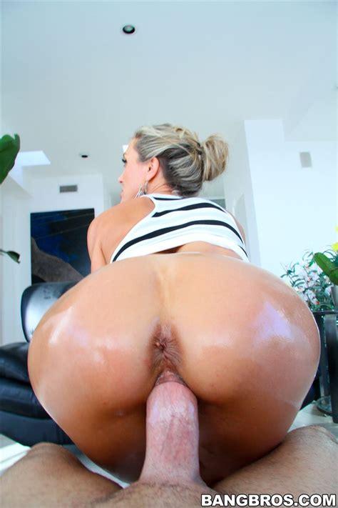 Brandi Love Hot Ass Milf Gets Drilled Hard Bangbros 16