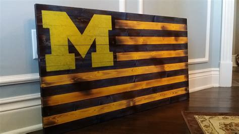 U Of M Home Decor : Handmade In Usa, Vintage, Rustic And Distressed Wooden U.s