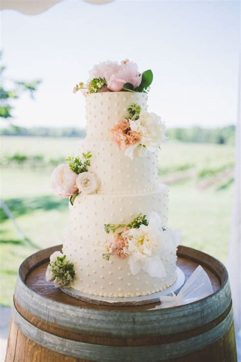 25 Best Ideas About Summer Wedding Cakes On Pinterest