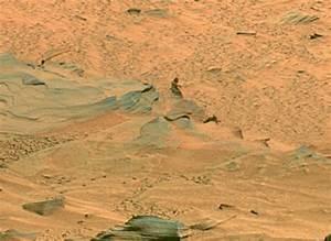 フォトレポート:発見!火星に人?--火星探査車「Spirit」からの衝撃画像 - CNET Japan