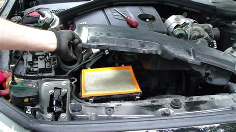 replace bmw  serie  air filter years