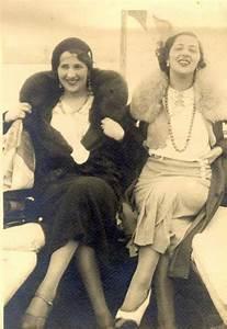 Tenue Femme Année 30 : femmes tenue ann es 30 tovaritch le moodboard des costumes pinterest ~ Farleysfitness.com Idées de Décoration