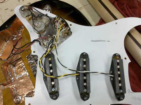Squier Shielding Project Guitbit