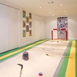 Ice Rink Carpet by The 19 Coolest Things To Do With A Basement Photos