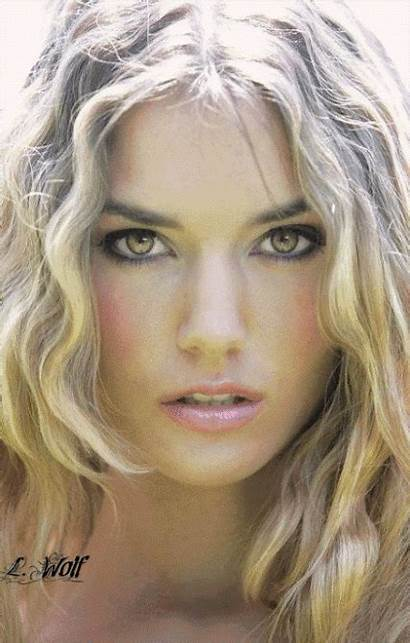 Von Woman Beauty Plus Wolf Morph Blonde