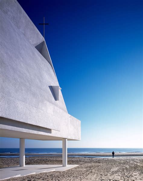 Seashore Chapel On A Chinese Beach By Vector Architects