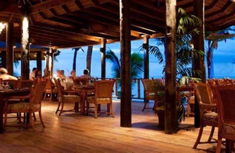 aquarium club restaurant