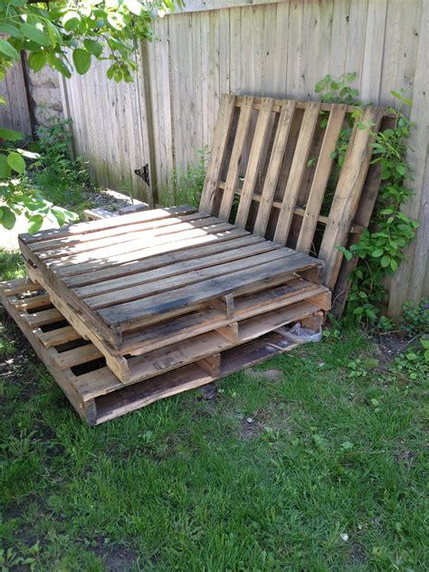 pallet settee temporary outdoor sofa with pallets
