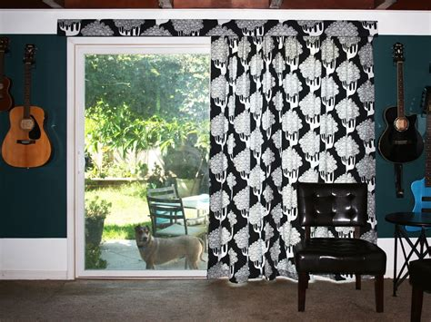 eat cold food hanging curtains on a vertical blind track