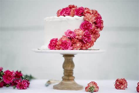 diy fresh floral cake topper let s mingle blog