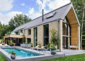 country homes and interiors moss vale kate moss designs the interiors of a 3 8 million 39 barnhouse 39 in the countryside
