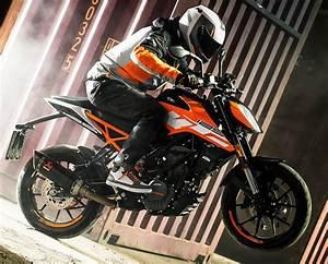 Fiche Technique Ktm Duke 125 : ktm 125 duke 2018 fiche moto motoplanete ~ Medecine-chirurgie-esthetiques.com Avis de Voitures