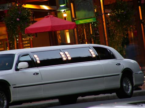 A And A Limousine Service by Siesta Key Limousine Service