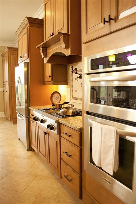 best mid priced kitchen cabinets best mid range cabinets 28 images awesome mid range 7753