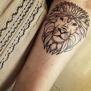 Tattoo Symbol Stärke : 25 sch ne st rke tattoo symbol ideen auf pinterest st rke tattoo design symbol f r und und ~ Frokenaadalensverden.com Haus und Dekorationen