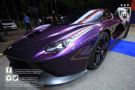 tmjs stunning purple laferrari   appearance