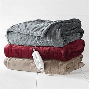 Therapedicr electric heated silky plush throw blanket for Electric throw blanket bed bath and beyond