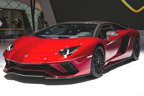 Lamborghini Car : Lamborghini Aventador