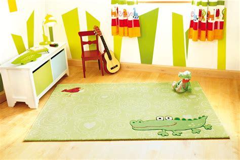 tapis pour chambre bébé garçon tapis chambre bebe gris