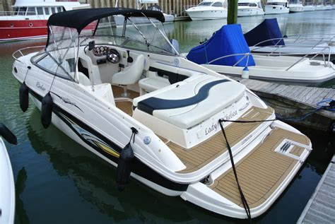 rinker  captiva cuddy brighton boat sales