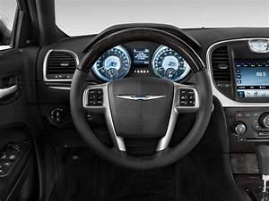 Image: 2012 Chrysler 300 4-door Sedan V8 300C RWD Steering