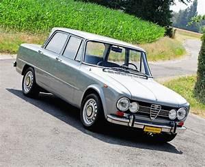 Boutique Alfa Romeo : alfa romeo giulia super ~ Maxctalentgroup.com Avis de Voitures
