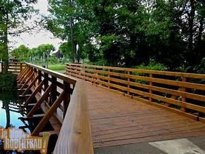 Petit Pont En Bois : le petit pont de bois est ouvert ~ Melissatoandfro.com Idées de Décoration