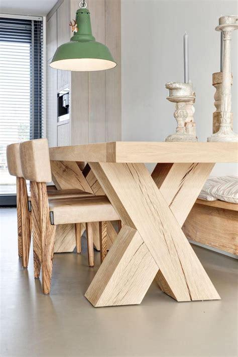 table cuisine bois massif repeindre une table basse en bois ezooq com