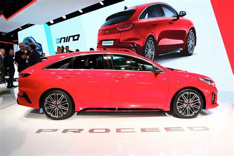 can kia s new proceed sway you away from fashionable crossovers carscoops
