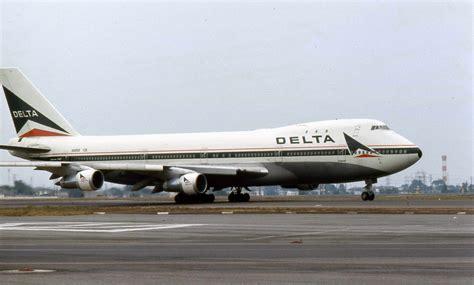 File:Delta Air Lines Boeing 747 N9898 01.jpg - Wikimedia ...
