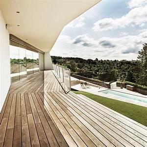 Holz Im Nassbereich : bodenbekleidung von terrassen veredeltes holz detail magazin f r architektur baudetail ~ Markanthonyermac.com Haus und Dekorationen